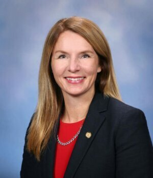 Donna Lasinski